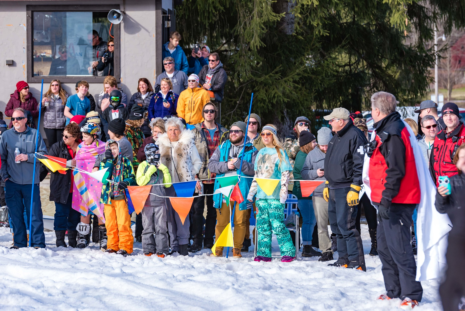 Carnival-Sunday-57th-2018_Snow-Trails-8011