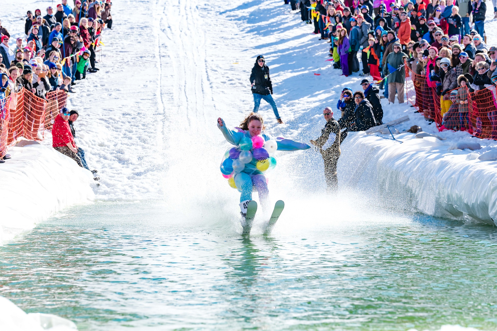 Carnival-Sunday-57th-2018_Snow-Trails-7933