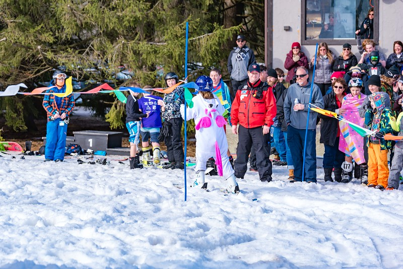 Carnival-Sunday-57th-2018_Snow-Trails-8008