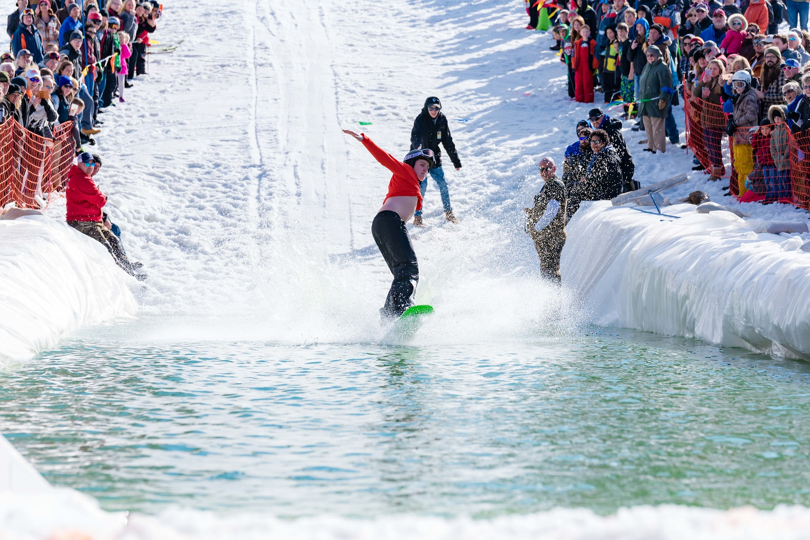 Carnival-Sunday-57th-2018_Snow-Trails-7827