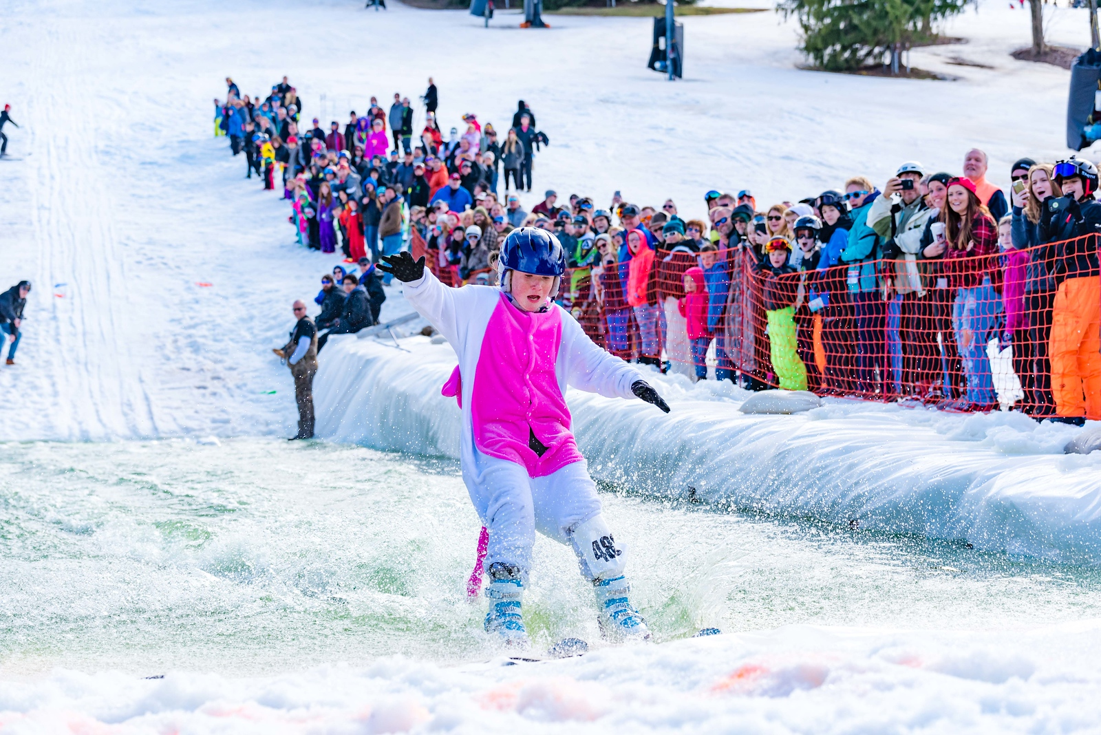 Carnival-Sunday-57th-2018_Snow-Trails-8002