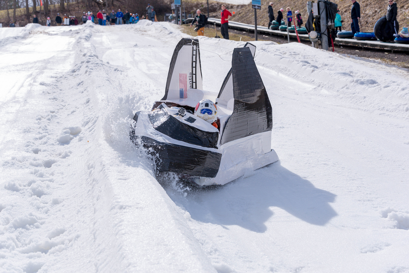 Carnival-Sunday-57th-2018_Snow-Trails-7535