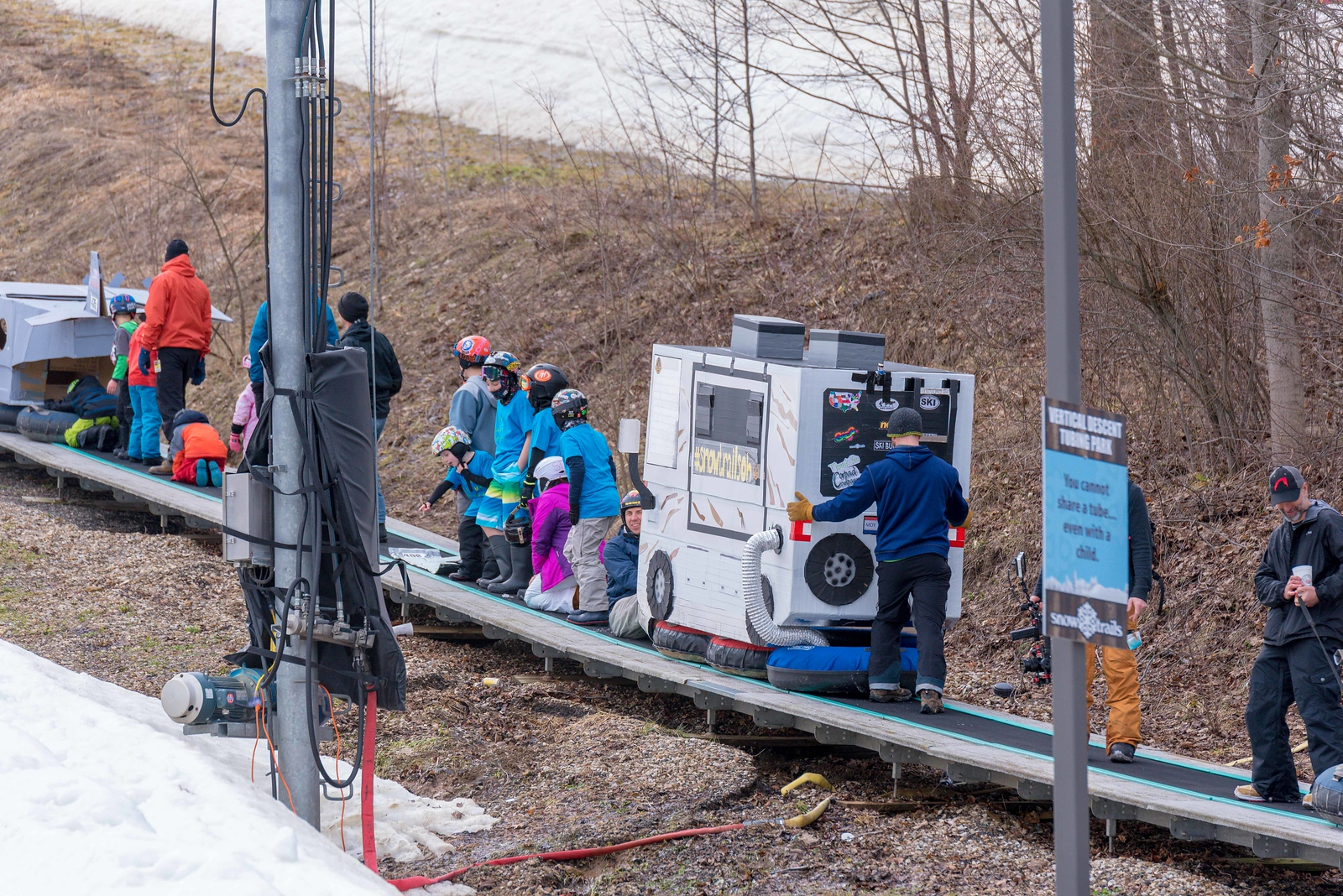 Carnival-Sunday-57th-2018_Snow-Trails-7393