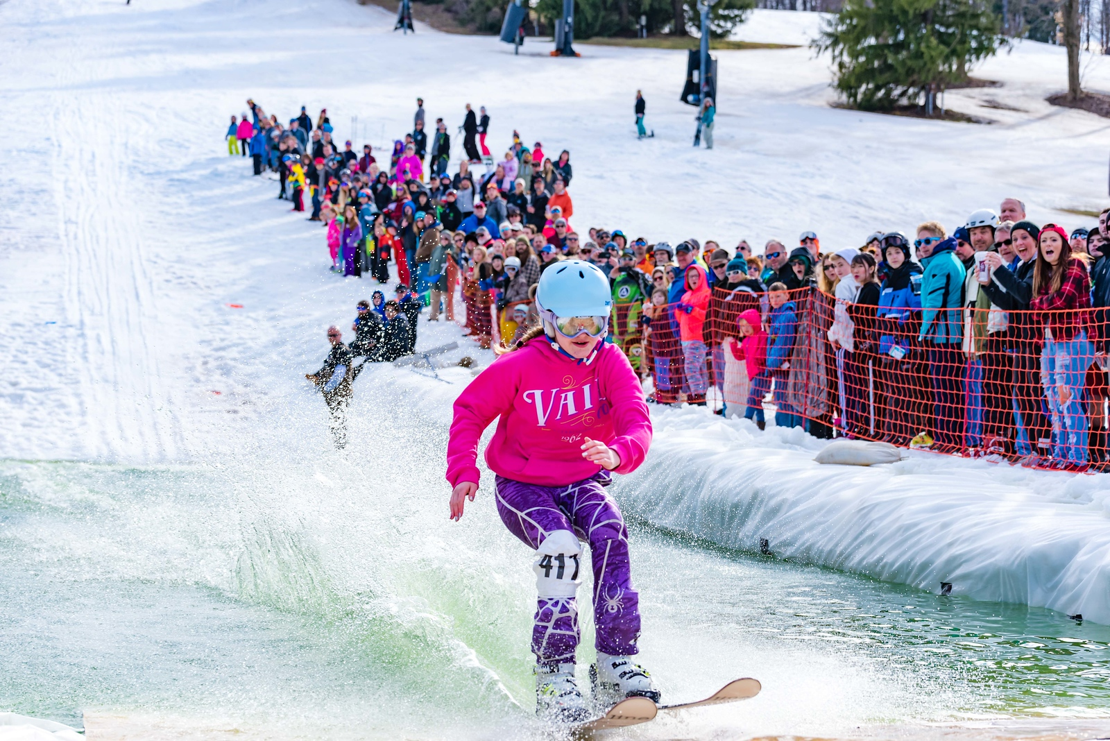 Carnival-Sunday-57th-2018_Snow-Trails-8053