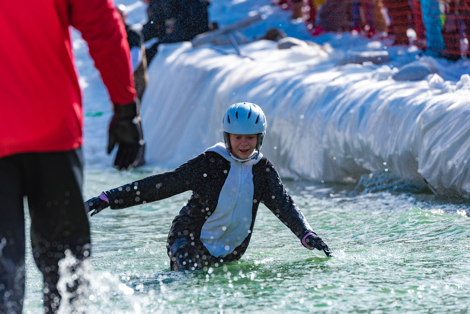 Carnival-Sunday-57th-2018_Snow-Trails-7987