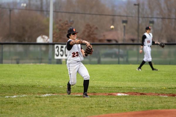 2018_4_6_West_vs_Waverly_Baseball-2