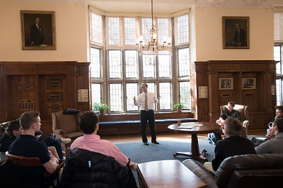 Connecticut State Sen. L. Scott Frantz speaks during Morning Meeting