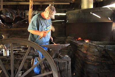 Blacksmith Shop by Liz Johnson  Judges' Selection  -  2017-2018 QCC #2