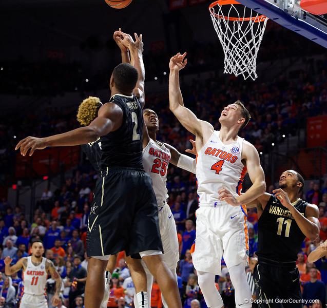 University of Florida Gators Mens Basketball 2017 Vanderbilt Commodores