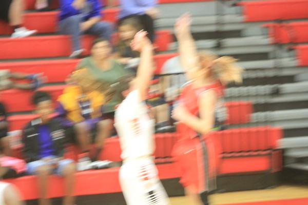 NE JV Girls Basketball vs Clearwater 1-9-18