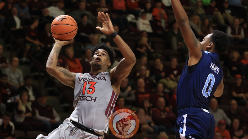 Ahmed Hill attempts a layup in the second half. (Mark Umansky/TheKeyPlay.com)