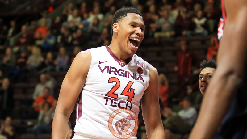 Kerry Blackshear Jr. reacts after the Hokies score a quick basket to start the game. (Mark Umansky/TheKeyPlay.com)