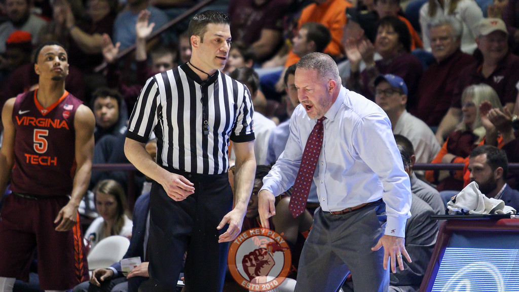Virginia Tech head coach Buzz Williams argues with a referee after a no-call against the Hokies. (Mark Umansky/TheKeyPlay.com)