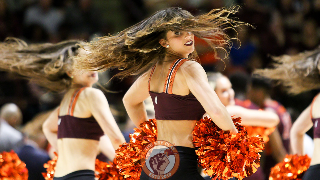 The Virginia Tech High Techs perform for the crowd during a break in play. (Mark Umansky/TheKeyPlay.com)