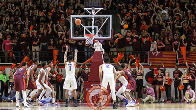 Duke's Trevon Duval misses a free throw, setting up a Hokies' fast break and score to take the lead. (Mark Umansky/TheKeyPlay.com)