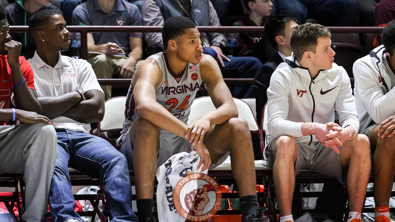 Kerry Blackshear Jr. sits on the bench as game winds down out of reach. (Mark Umansky/TheKeyPlay.com)