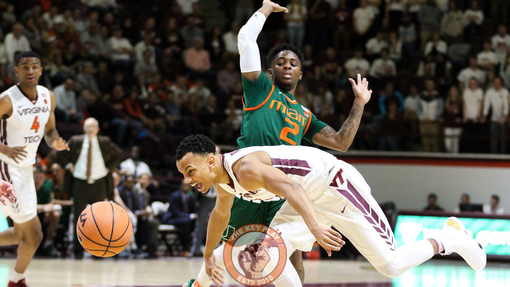 Justin Robinson stumbles after being fouled on a drive in the second half. (Mark Umansky/TheKeyPlay.com)