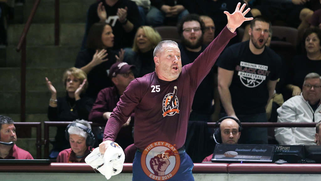 Head coach Buzz Williams signals to his players on defense in the second half. (Mark Umansky/TheKeyPlay.com)