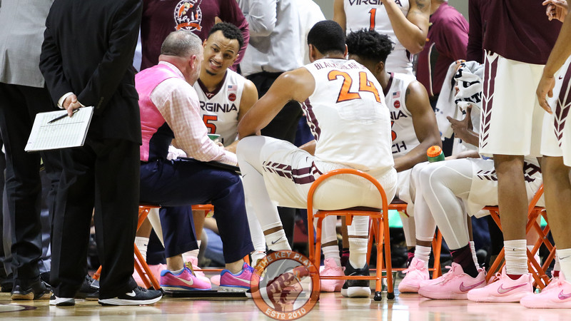 Head coach Buzz Williams speaks with his players during a media timeout. (Mark Umansky/TheKeyPlay.com)