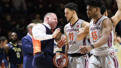 Head coach Buzz Williams reacts to a Devin Wilson defensive stop as a media timeout begins. (Mark Umansky/TheKeyPlay.com)