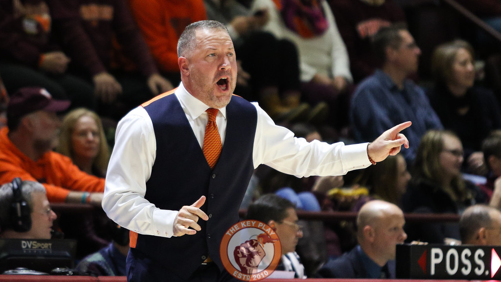 Head coach Buzz Williams shouts instructions to his team in the second half. (Mark Umansky/TheKeyPlay.com)