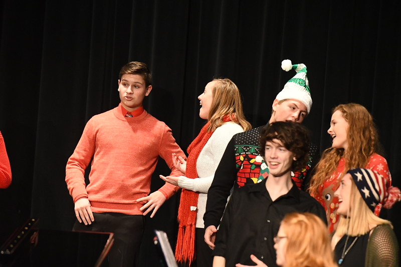 12-11-17_Choir-068-LJ