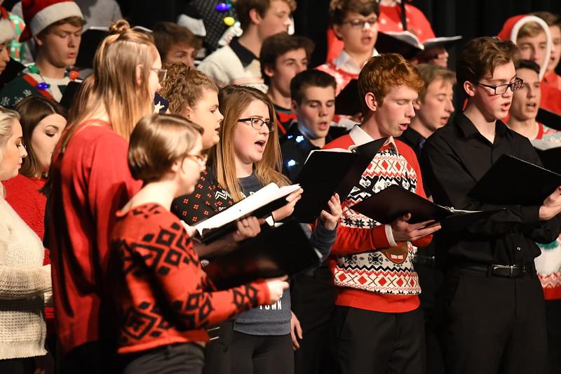 12-11-17_Choir-051-LJ