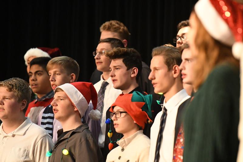 12-11-17_Choir-030-LJ