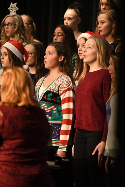 12-11-17_Choir-006-LJ