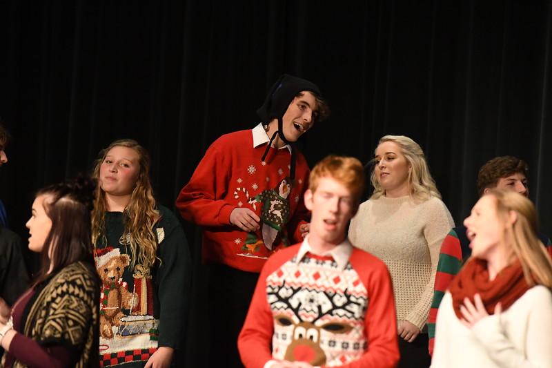 12-11-17_Choir-062-LJ