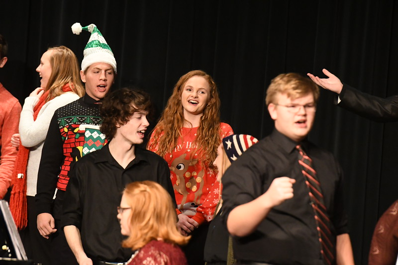 12-11-17_Choir-067-LJ