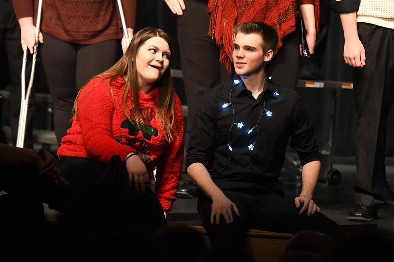12-11-17_Choir-071-LJ