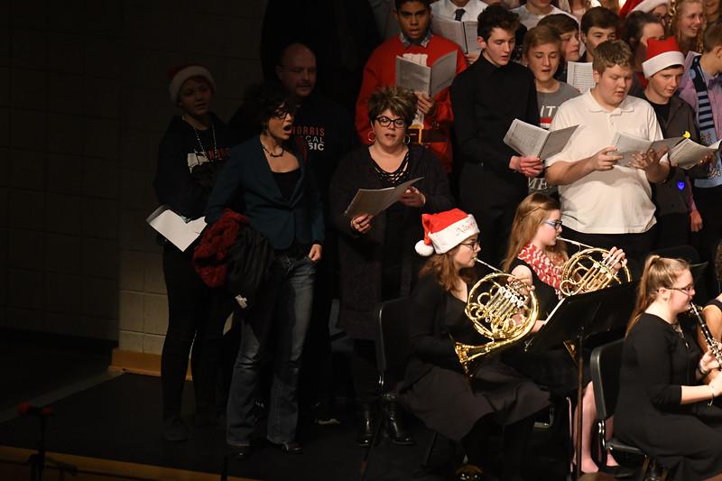 12-11-17_Choir-080-LJ