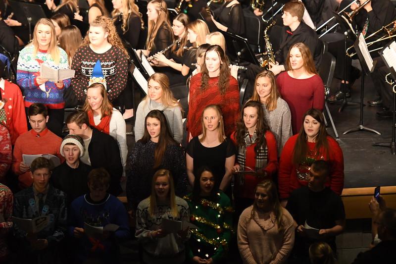 12-11-17_Choir-081-LJ