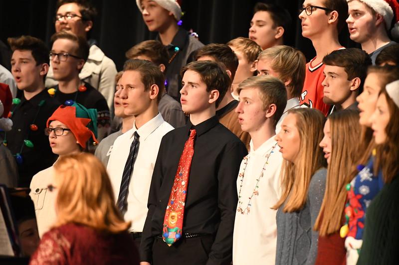 12-11-17_Choir-033-LJ