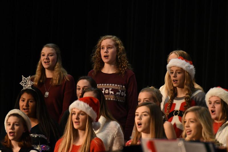 12-11-17_Choir-003-LJ