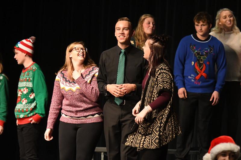 12-11-17_Choir-070-LJ