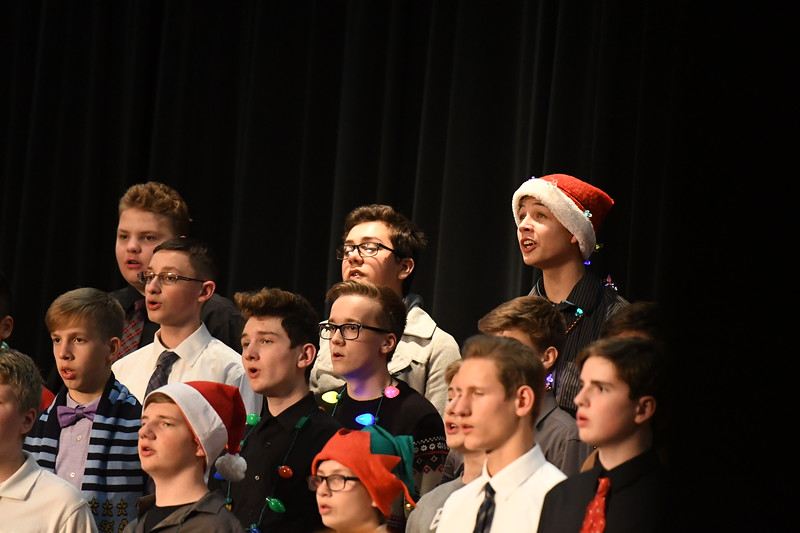 12-11-17_Choir-032-LJ