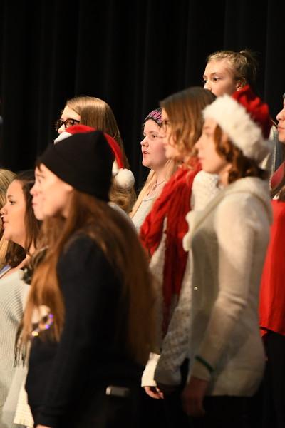 12-11-17_Choir-007-LJ