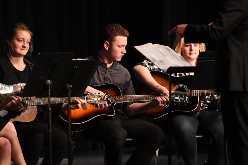 12-11-17_Band-029-LJ