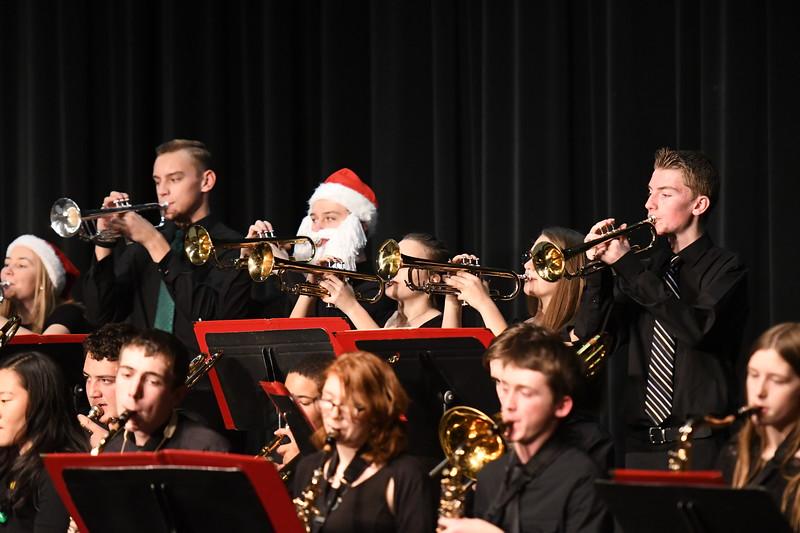 12-11-17_Band-010-LJ