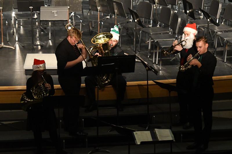 12-11-17_Band-065-LJ