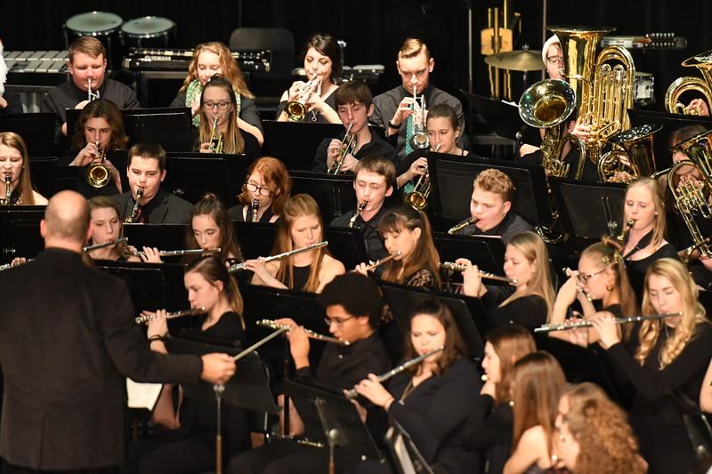 12-11-17_Band-089-LJ