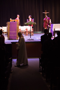 2017-11-27 Advent Liturgy-4230