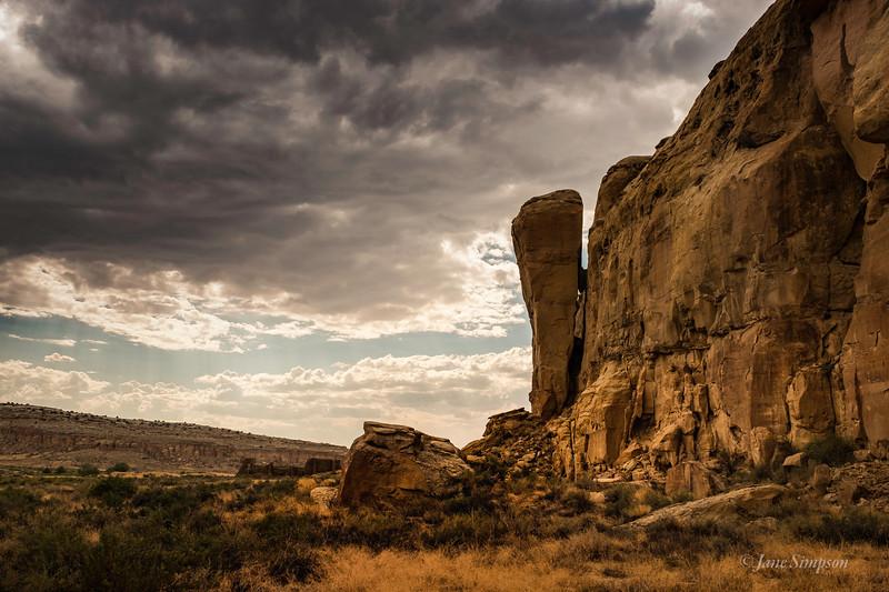 Chaco Canyon - A treacherous Rock