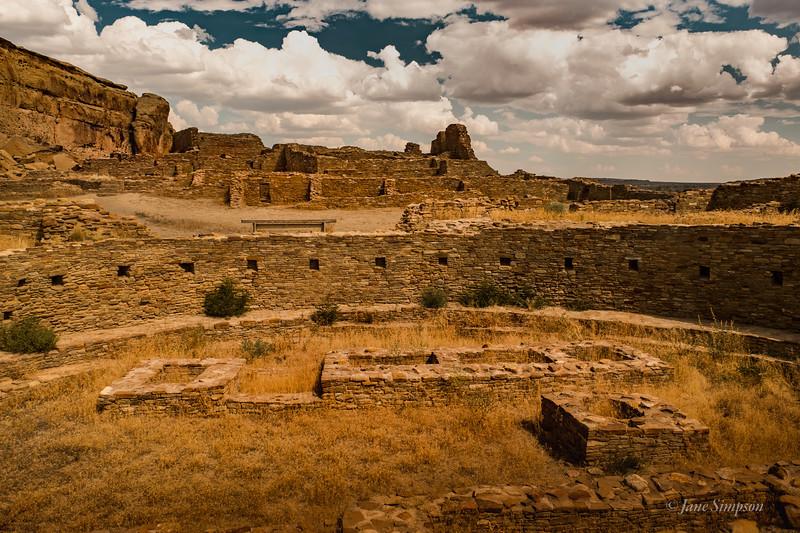 Pueblo Bonito, the grand area of buildings and kivas
