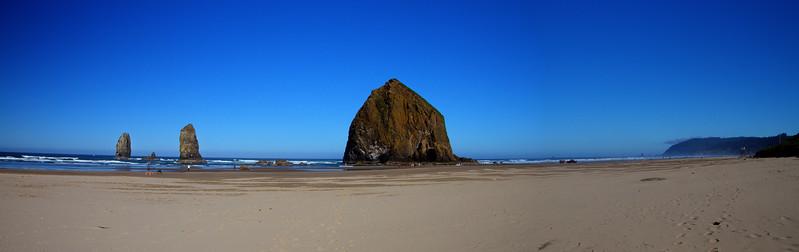 4A-Haystack Rock  Panorama1