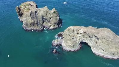 3-Arch Rock