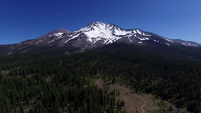 2-The majesty of Mount Shasta