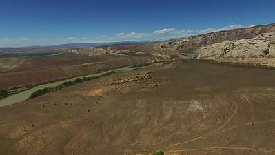 D4-Drone nearer Split Mountain_04